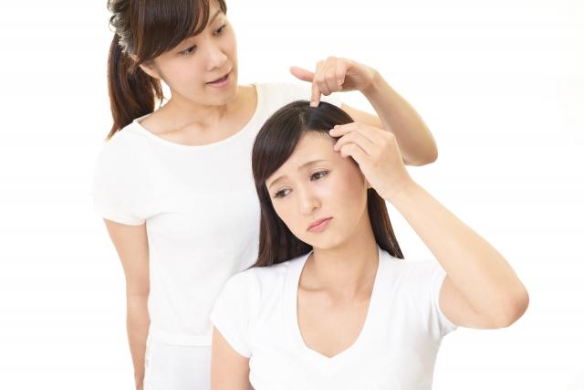 女性の頭皮に合成界面活性剤はヤバい?薄毛改善のためオーガニックシャンプーを使った結果
